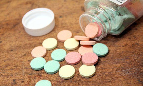 Таблетки разного цвета