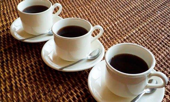 Три чашки кофе